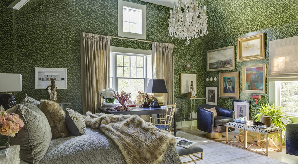 Traditional Home Hampton Designer Showhouse - Glamorous bedrooms - Celerie Kemble wallpaper for Schumacher - Denise McGaha Interiors - luxury furniture