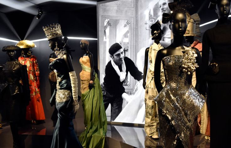 70th Anniversary of the House of Dior: Christian Dior, Couturier du Rêve at the Musée des Arts Decoratifs - museum fashion exhibitions, fashion exhibit