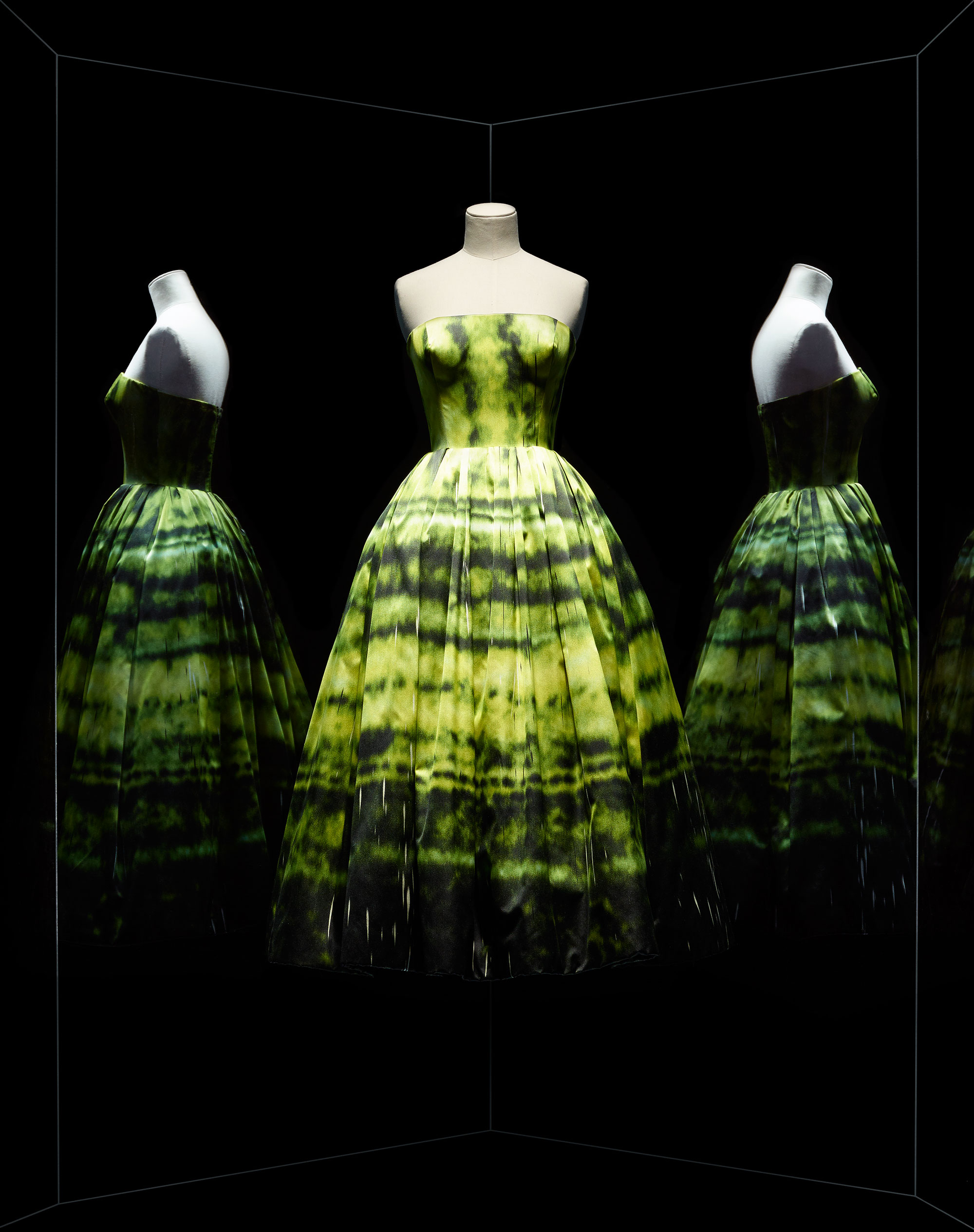 70th Anniversary of the House of Dior at the Musée des Arts Decoratifs - museum fashion exhibitions, fashion exhibit