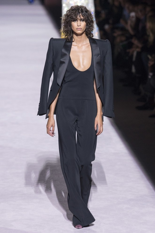 New York Fashion Week 2017 - Tom Ford Spring 2018 - SS18 NYFW - Fucking Fabulous - black pant suit - womens tuxedo jacket