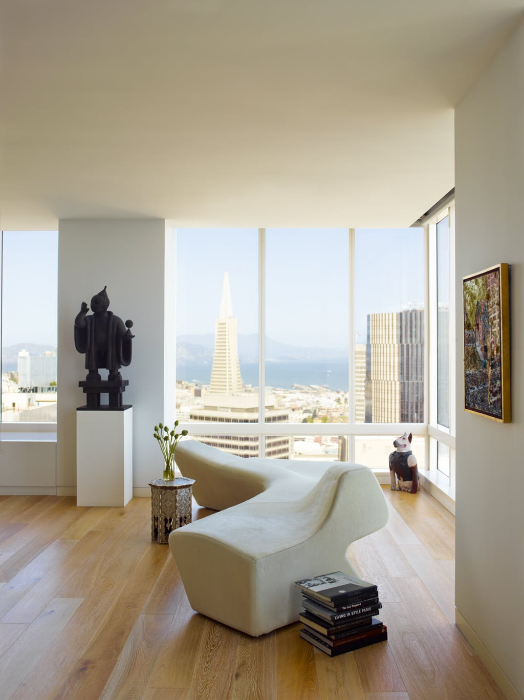 Top Interior Designers in San Francisco - Pamela Babey - BAMO - White living rooms - Modern - serpentine sofas - luxury furniture top interior designers Top Interior Designers: Pamela Babey of BAMO bamo