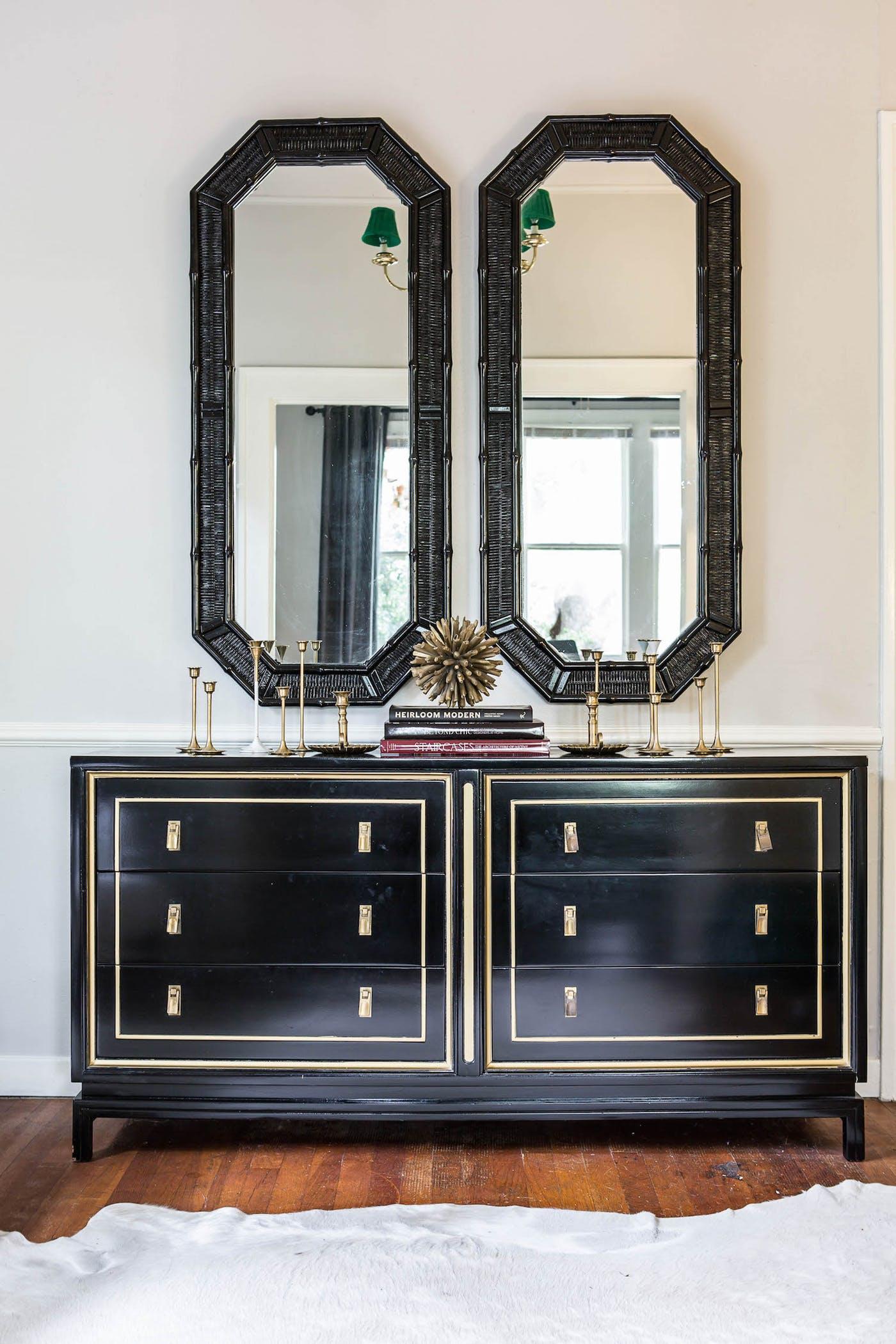 Maureen Stevens Designs - glamorous black sideboards top interior designers Top Interior Designers: Maureen Stevens Design maureen