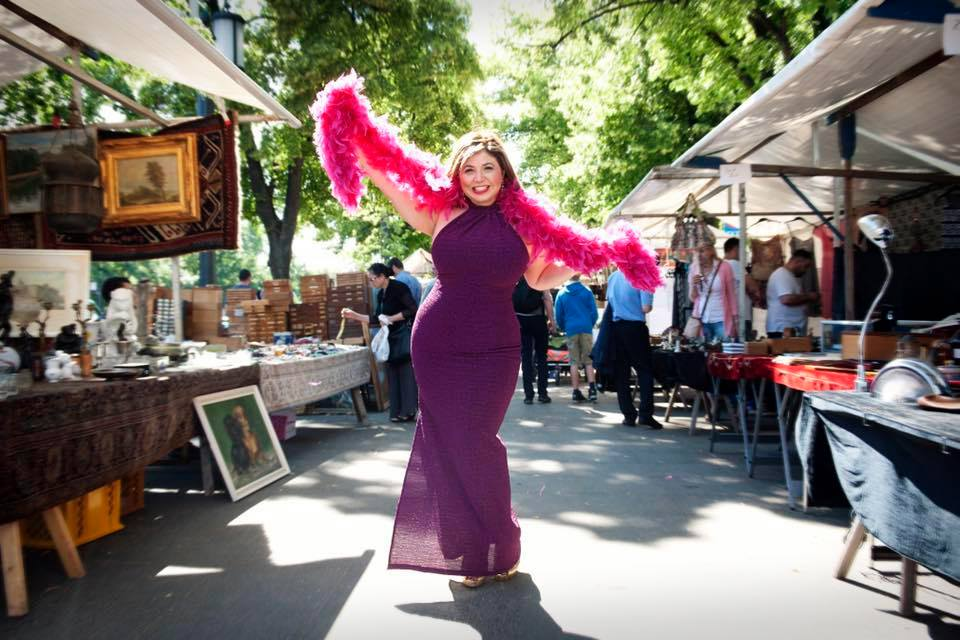 Toma Clark Haines - The Antiques Diva - Trade Antique Source - The Diva Brand
