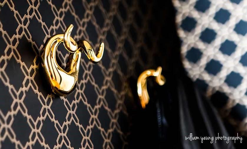 jonathan adler hook black and gold glam wallpaper decor splendor styling