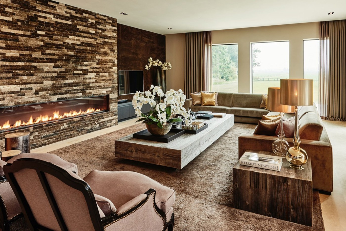 Mendo book Eric Kuster - Top Interior Designers - Metropolitan Luxury - luxury living rooms - glamorous living rooms