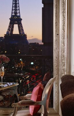 Hotels with the best views in the world - Eiffel Suite Hotel Plaza Athenee Paris - hotels with view of the eiffel tower