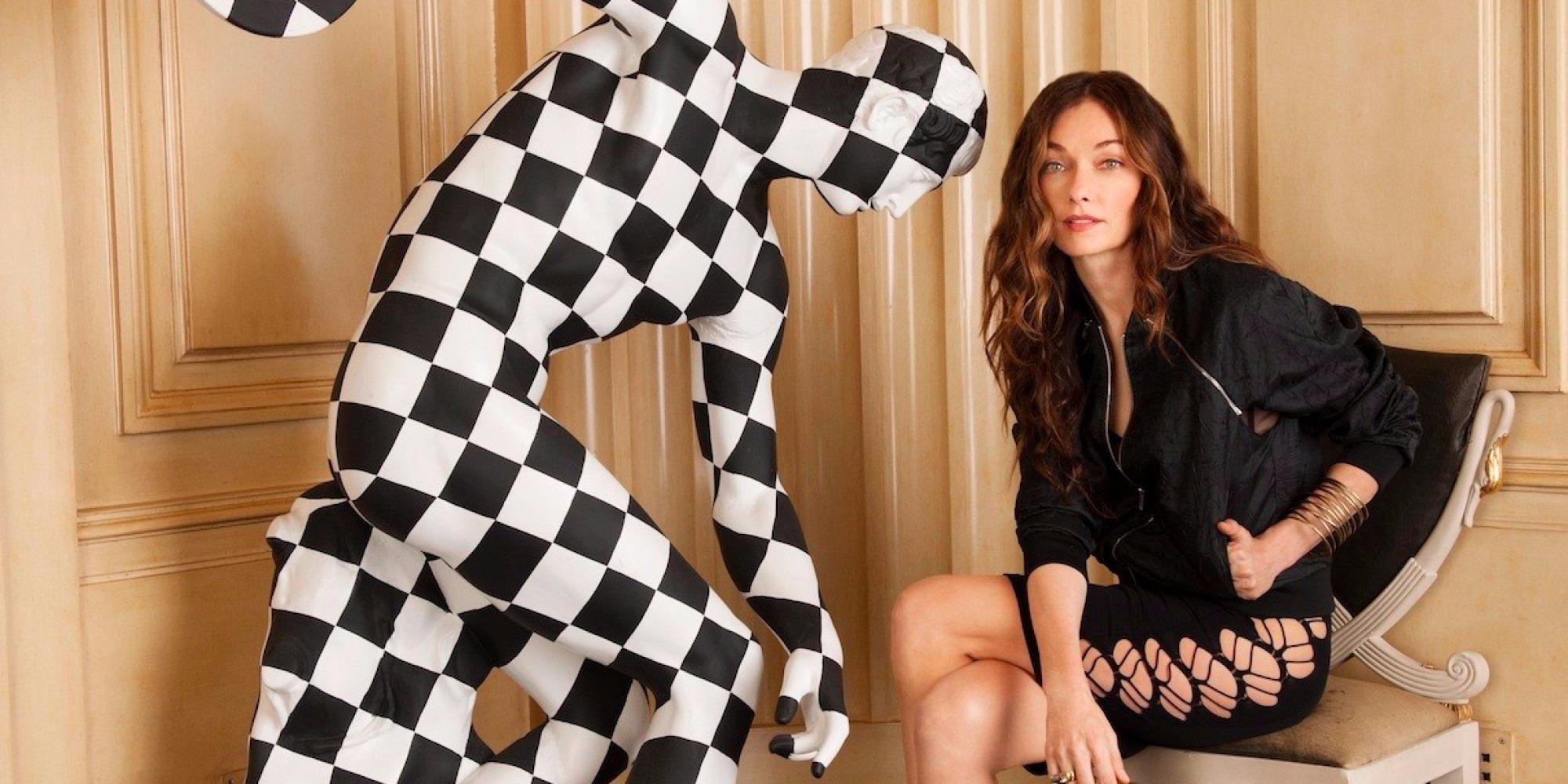 Top Designers Kelly Wearstler - checkered sculpture - black dress - interior designers - fabulous designers - empowering women - empowered women - luxury interior designers