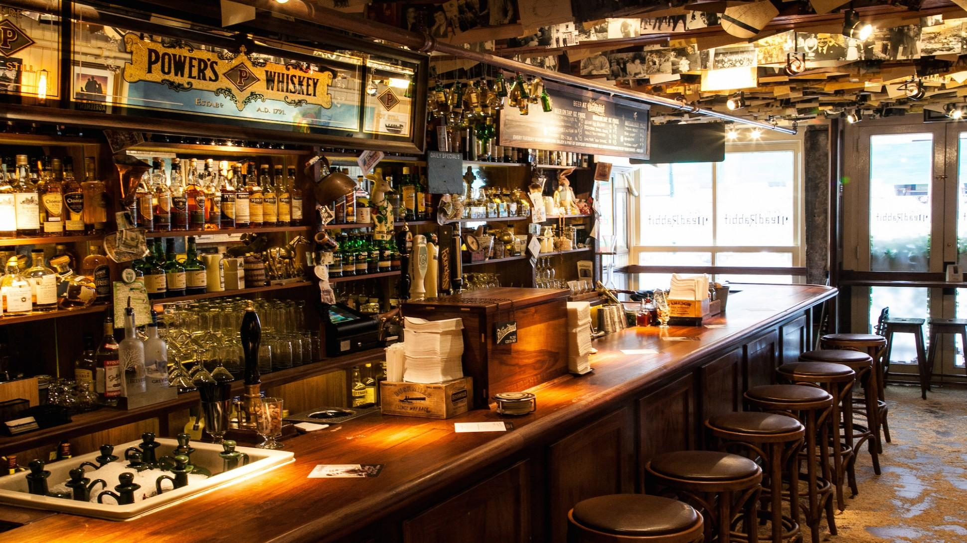Best Bars in the World - best bar in new york - dead rabbit bar - dead rabbit - the best bar in the world - irish pubs - contemporary irish pub - best bars in the world - best bars in new york - best bars in paris - best bars