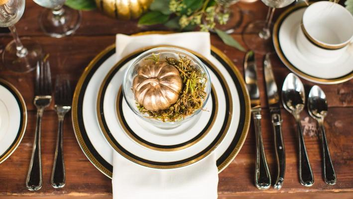 Luxurious Thanksgiving Tablescapes