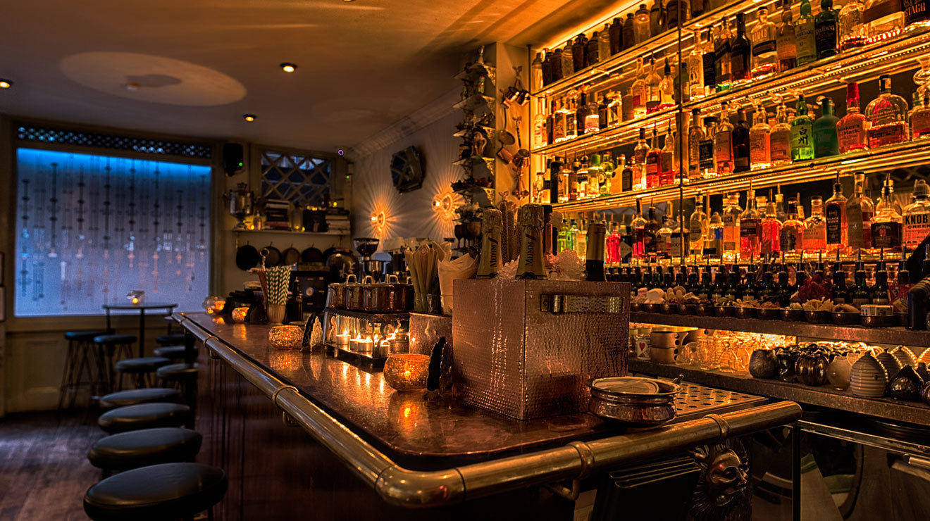 Best Bars in the World - the gibson - best bars in london - prohibition themed bars - best prohibition bars - themed bars in london