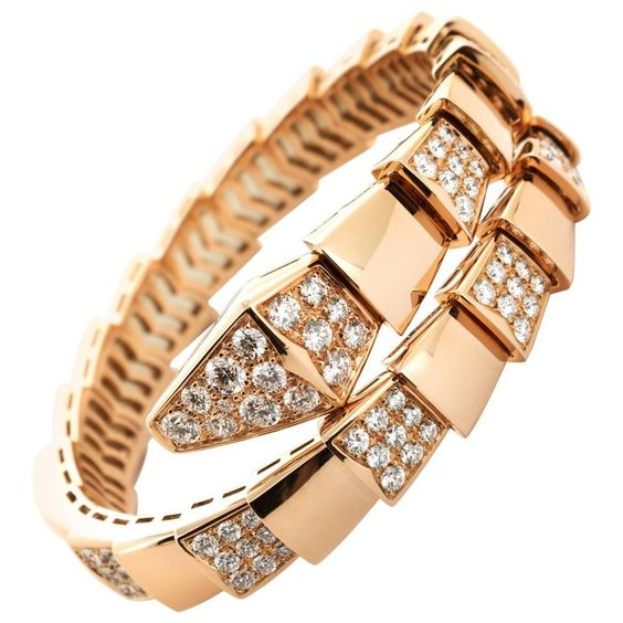 christmas gift guide - perfect gift - bulgari - gifts for women in their 30s - gifts for women in their 20s - bulgari serpenti bracelet - serpenti - bracelet - rose gold -