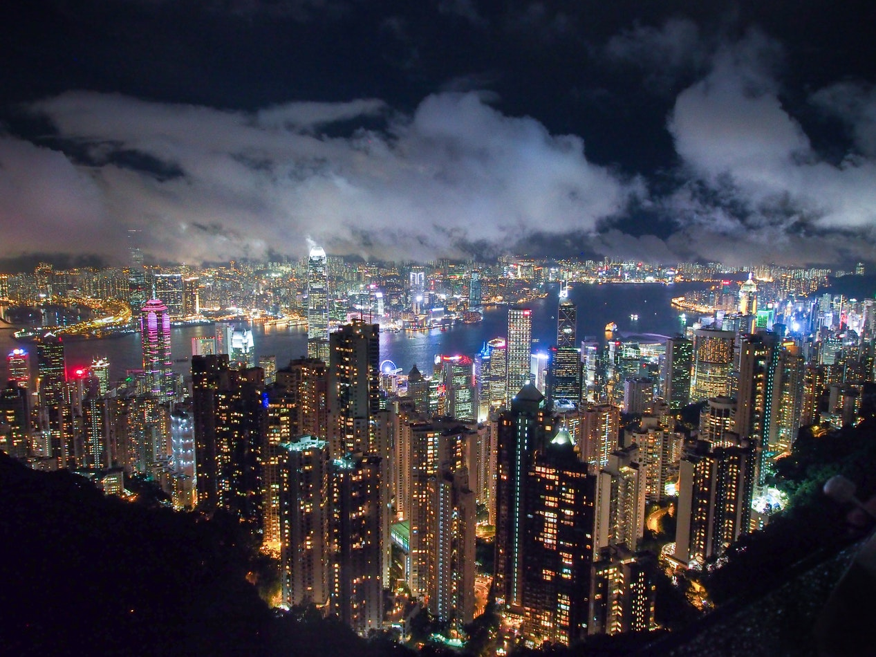 places to go for new year's eve - hong kong - luxury hotels - the city at night - cityscape