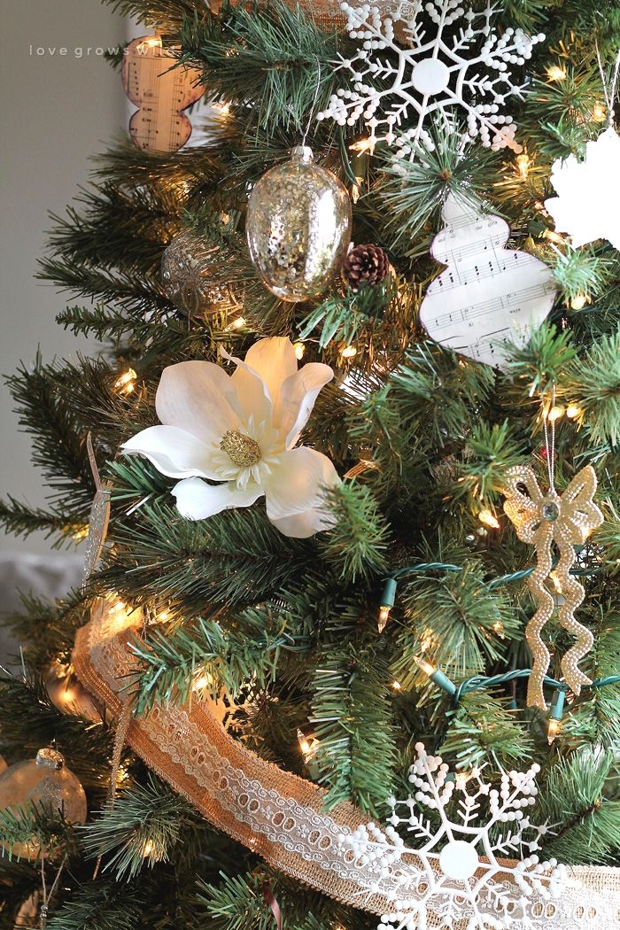 love grows wild christmas trees with flowers christmas tree decorating ideas xmas tree