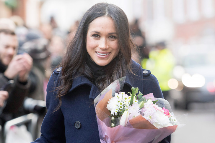 famous feminists - 2017 - meghan markle - engagement - prince harry - famous women - women of 2017 - flowers