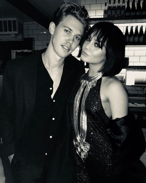 Vanessa Hudgens celebrates New year's Eve 2017 with Austin Butler - celebrity new year's eve outfits - new years eve dresses