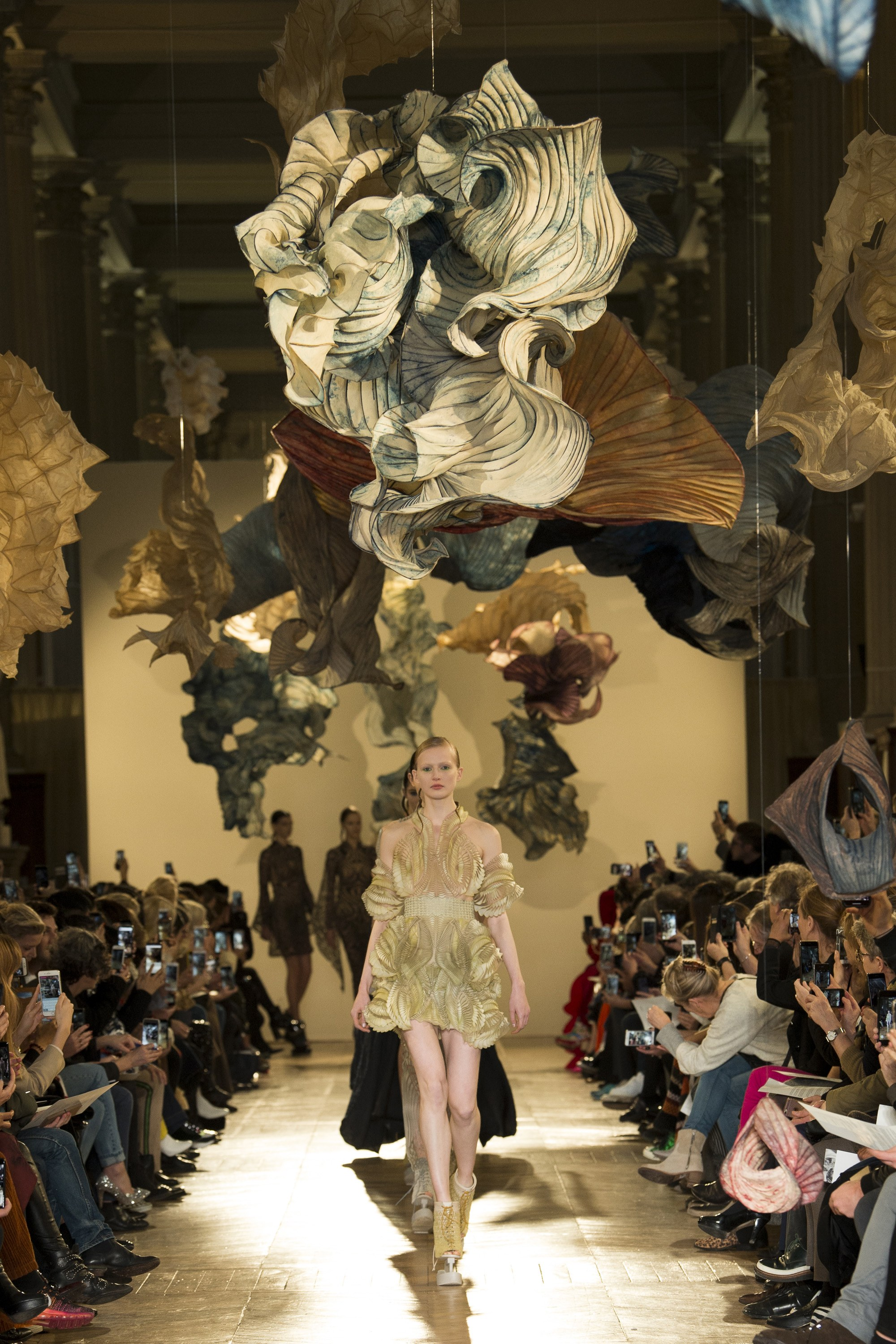 Haute Couture Paris Fashion Week 2018 - Iris Van Herpen - Model - Leah Rodl Photo - Yannis Vlamos - Indigital.tv