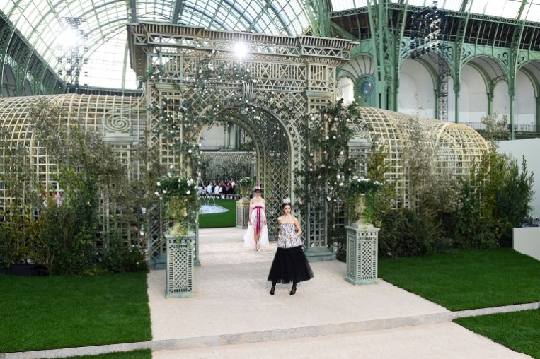 Haute Couture Paris Fashion Week Spring 2018 - Chanel - Photo - ImaxTree - best show spaces paris fashion week 2018