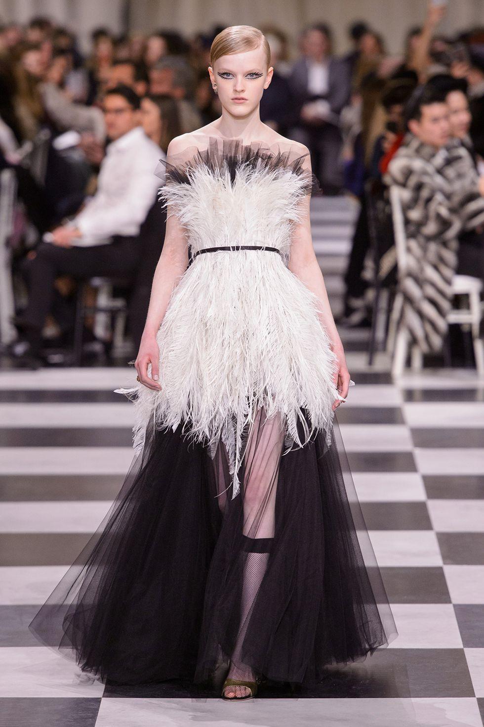eac41f98dacbb Haute Couture Paris Fashion Week Spring 2018 - Christian Dior - Photo - Kim  Weston Arnold