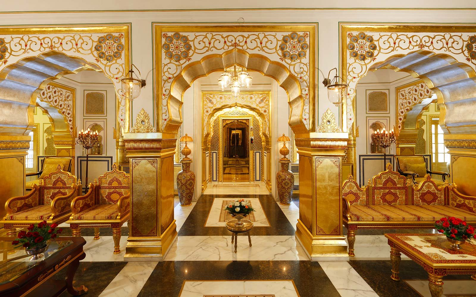 Luxury Escapes 2018 - Maharajah's Pavilion at Raj Palace Jaipur India - luxury hotels - most expensive suite in the world - luxury vacation rentals
