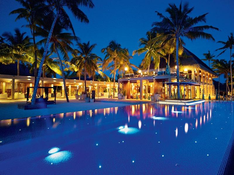 Luxury Escapes 2018 - Velaa Private Island - luxury hotels - private islands luxury escapes 10 Luxury Escapes for 2018 velaa private island 12
