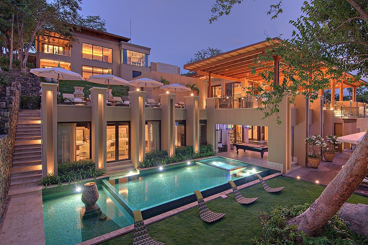 Luxury Escapes 2018 - Villa Manzu Costa Rica - private villas for rent - luxury hotels - kardashian vacations