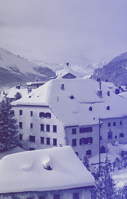 NOMAD St. Moritz 2018 - Chesa Planta Switzerland - Modern Design - design fair- art fair - art events