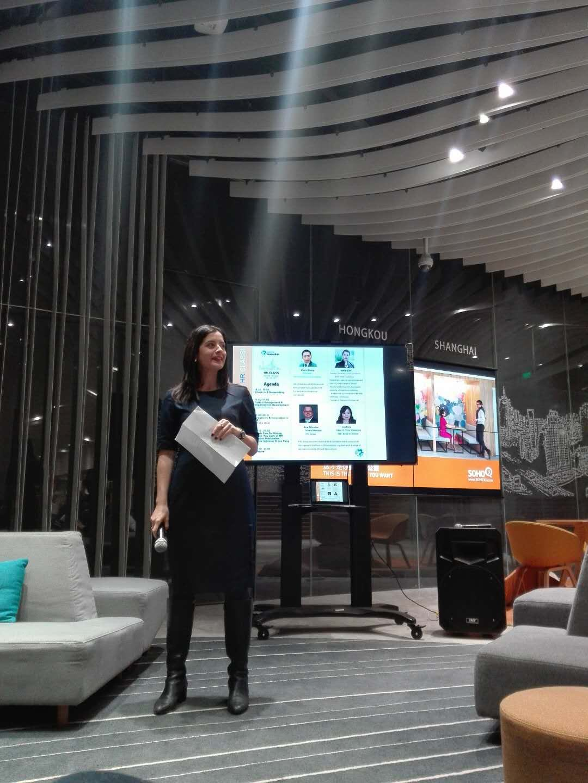 roberta basso - global girl boss - lean in circles shanghai - lean in shanghai international - women empowerment - women in support of women - empowering women - female entrepreneurs - expat women entrepreneurs - girl power - italian in shanghai - lisi