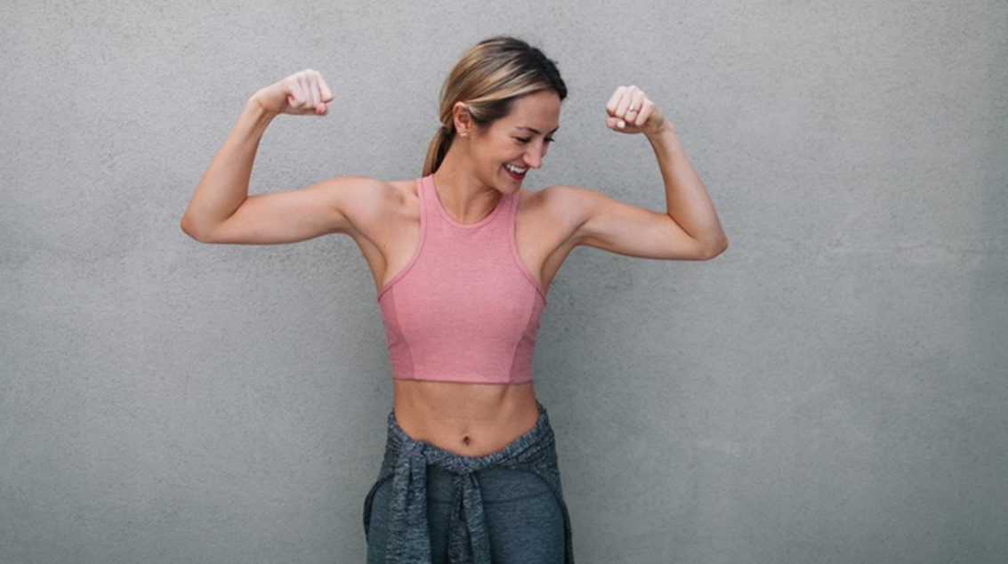 Empowerment through beauty - fighting cancer with positive energy - Photo by Kayla Snell - muscle toning - toning during cancer treatment - exercise during chemotherapy