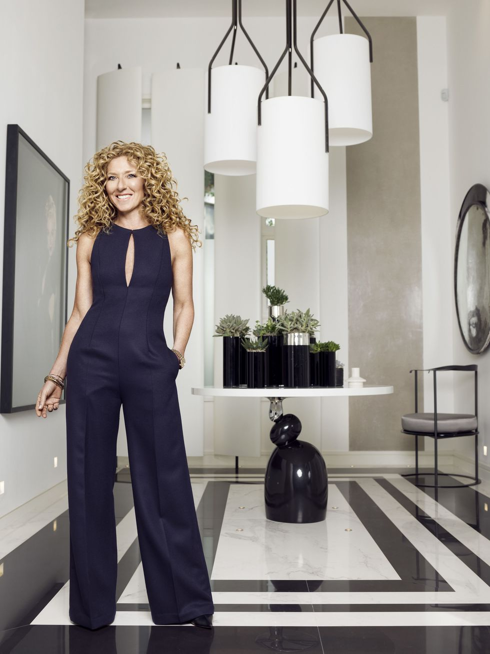 Famous interior designers - Kelly Hoppen - best interior designers in south africa - women empowerment famous interior designers Leading Ladies of Design: 20 Famous Interior Designers & Architects gallery 1487623713 kelly hoppen profile photo