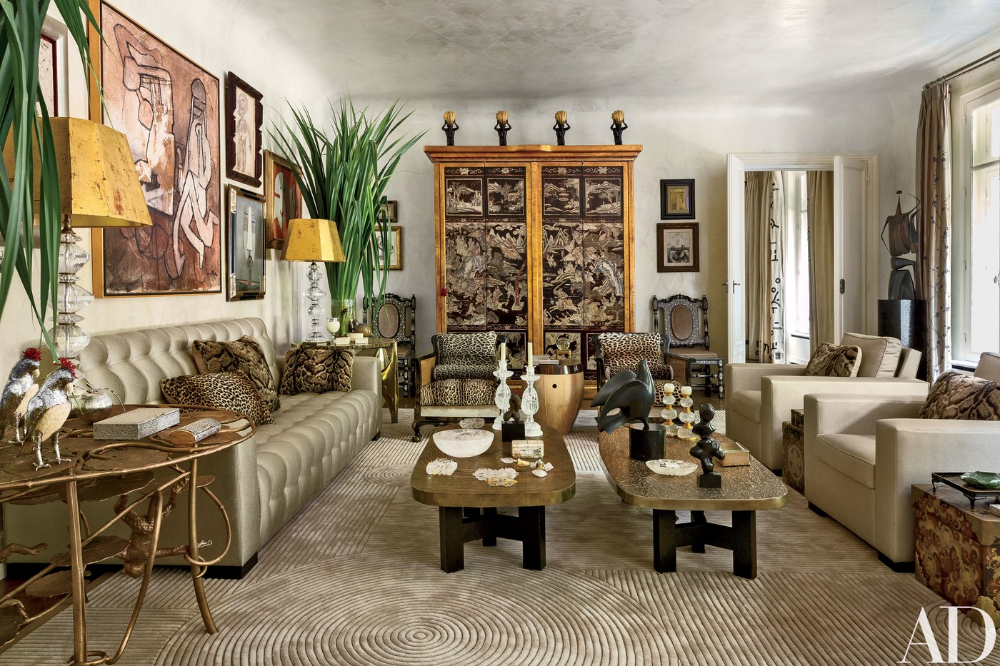 linda pinto photo via architectural digest - top interior designers - design partners - living room ideas top interior designers When Top Interior Designers Partner linda pinto via AD
