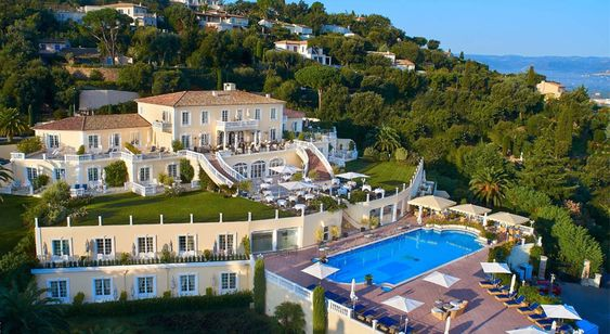 Saint-Tropez, Mediterranean Destination, Luxury Vacation, Summer Vacation, Exclusive Vacation, Summer Getaway
