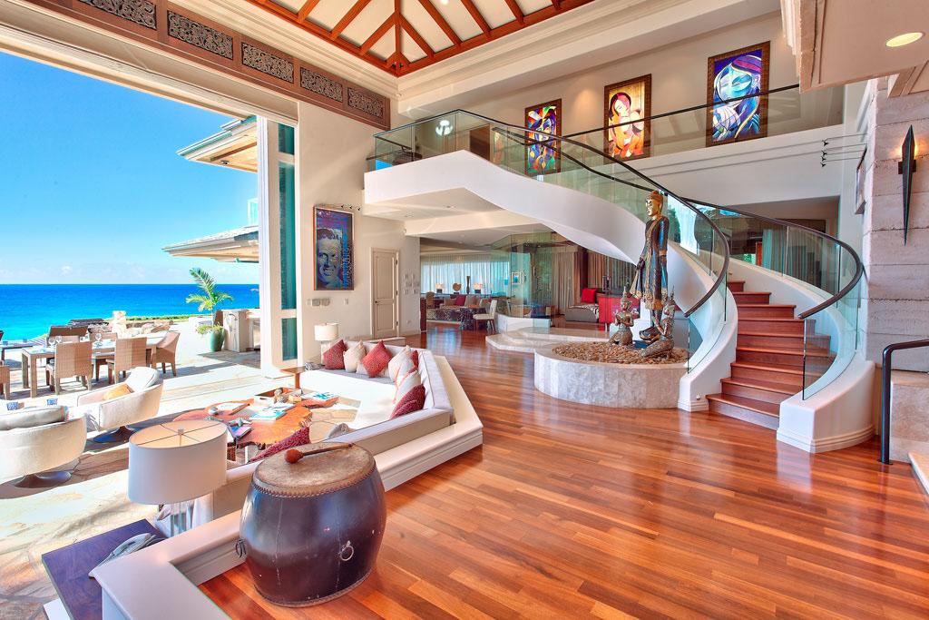 luxury seaside homes - beachfront estates - oceanfront coastal homes - Jewel of Maui - Interior Design by Steven Cordrey - Image via i Design Arch