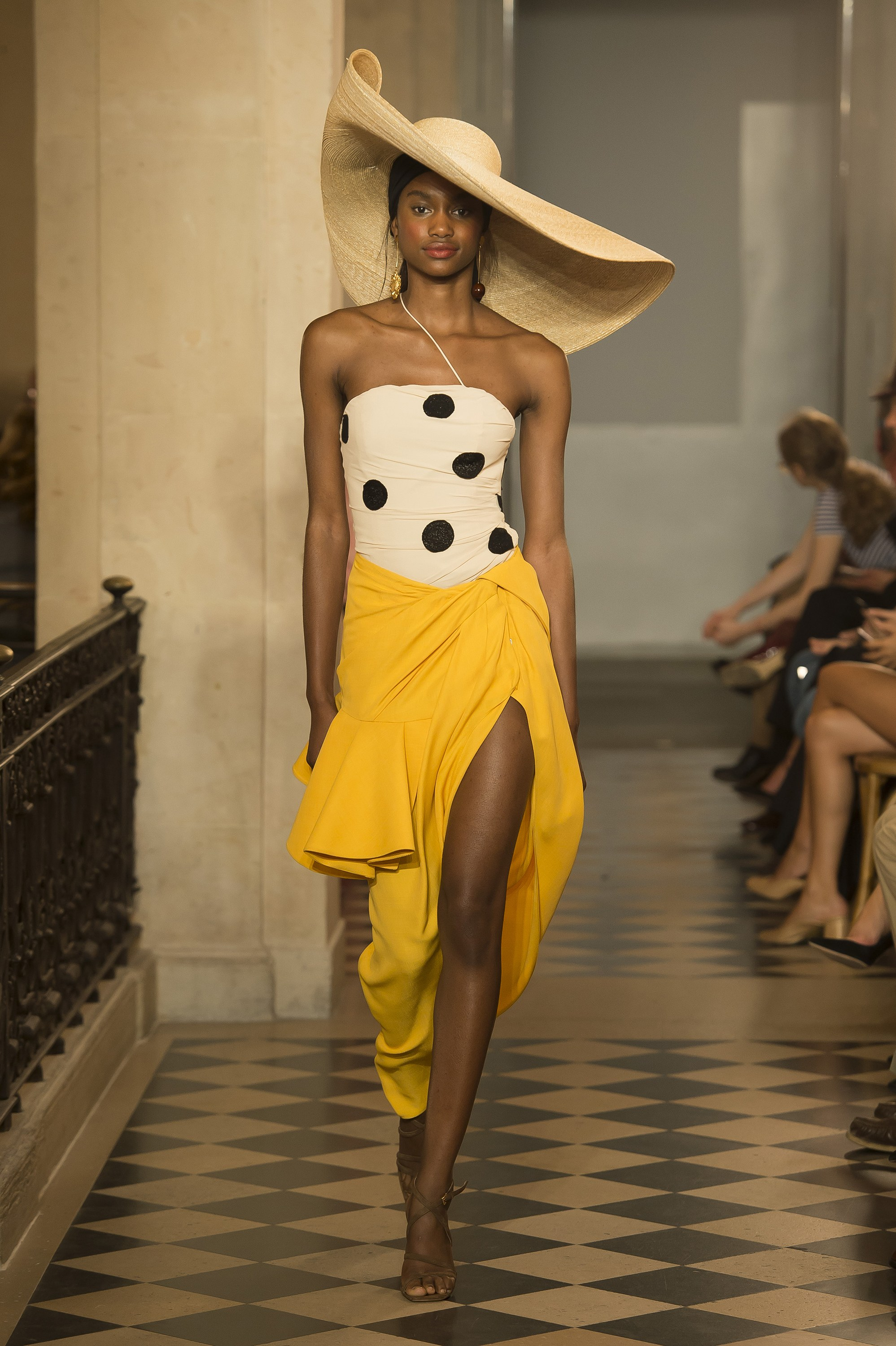 Jacquemus Spring 2018 - Image via Vogue - Summer Fashion Trends 2018 - oversized hat trend - hats 2018 - summer outfit ideas