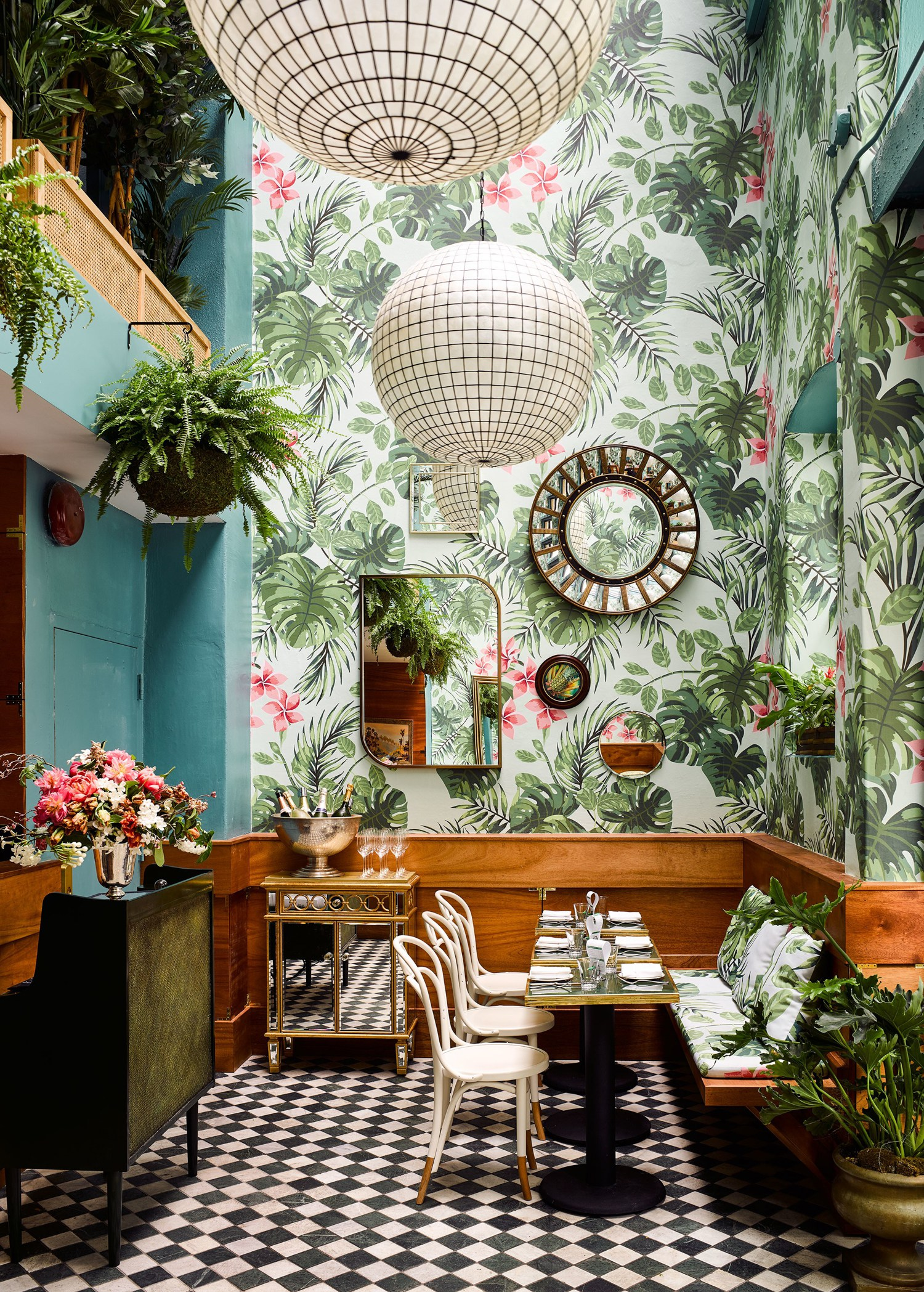Leo's Oyster Bar San Francisco - Botanical wallpaper - Ken Fulk Interior Design - tropical trend 2018 - interior design trends 2018 - tropical wallpaper - tropical motifs in home decor