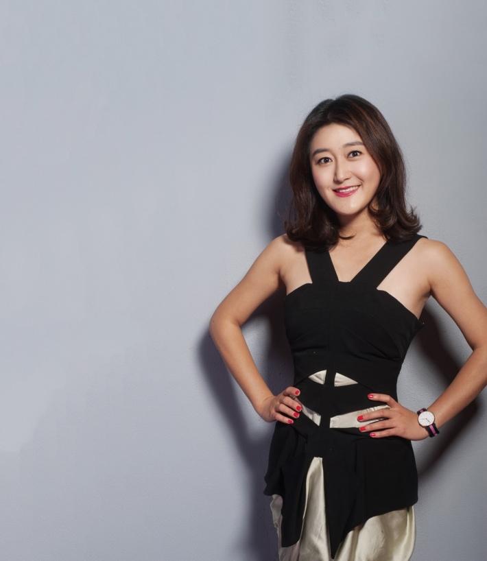 TV Host and Producer, powerful women, girl boss, global girl boss, female TV personalities, powerful women, women empowering women, girl power