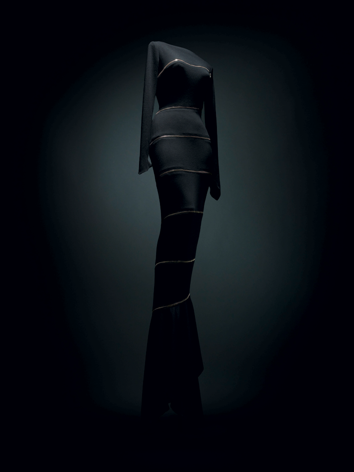 Azzedine Alaïa - ALAIA GALLERIA BORGHESE - Photo by credit Andrea & Valentina - design museum london fashion exhibitions