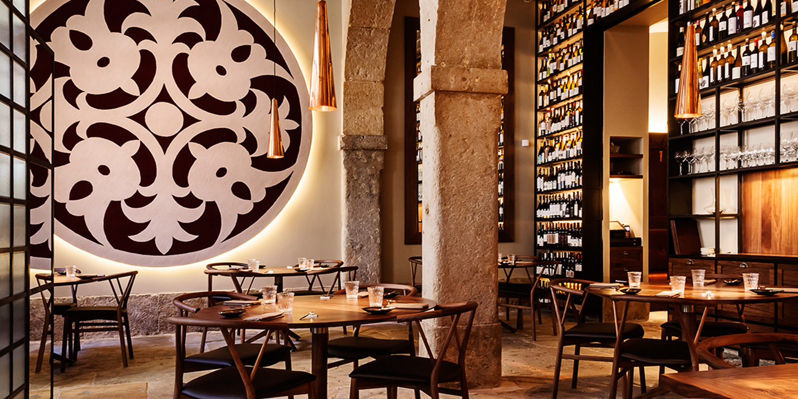 Alma Restaurant Lisbon - Henrique sa Pessoa - Design Lovers Guide to Portugal - Things to Do In Portugal for Architecture, Art & Design Lovers - best restaurants in portugal - best restaurants in lisbon - most beautiful restaurants in portugal - most beautiful restaurants in lisbon