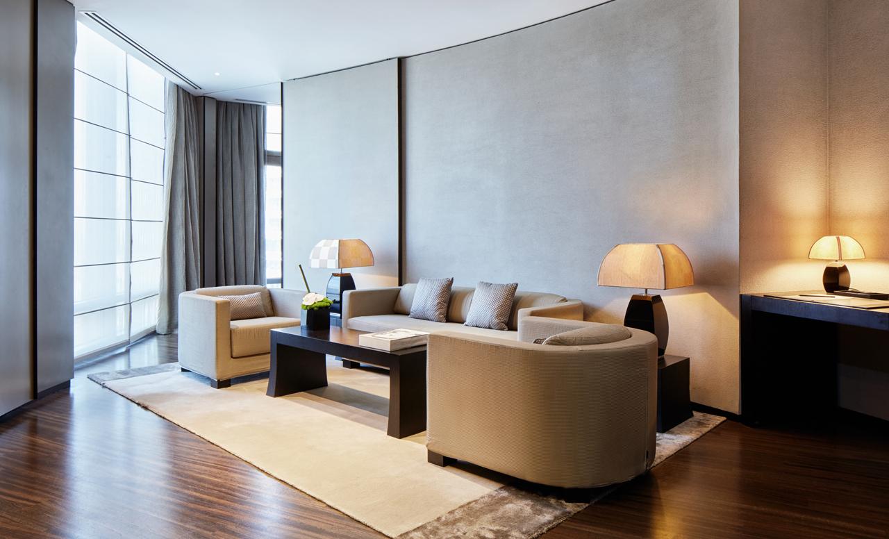 Armani Premiere Suite - Armani Hotel Dubai - Luxury Hotels - Fashion Designer Hotels - best hotels in dubai - most luxurious hotels dubai - worlds most luxurious hotels