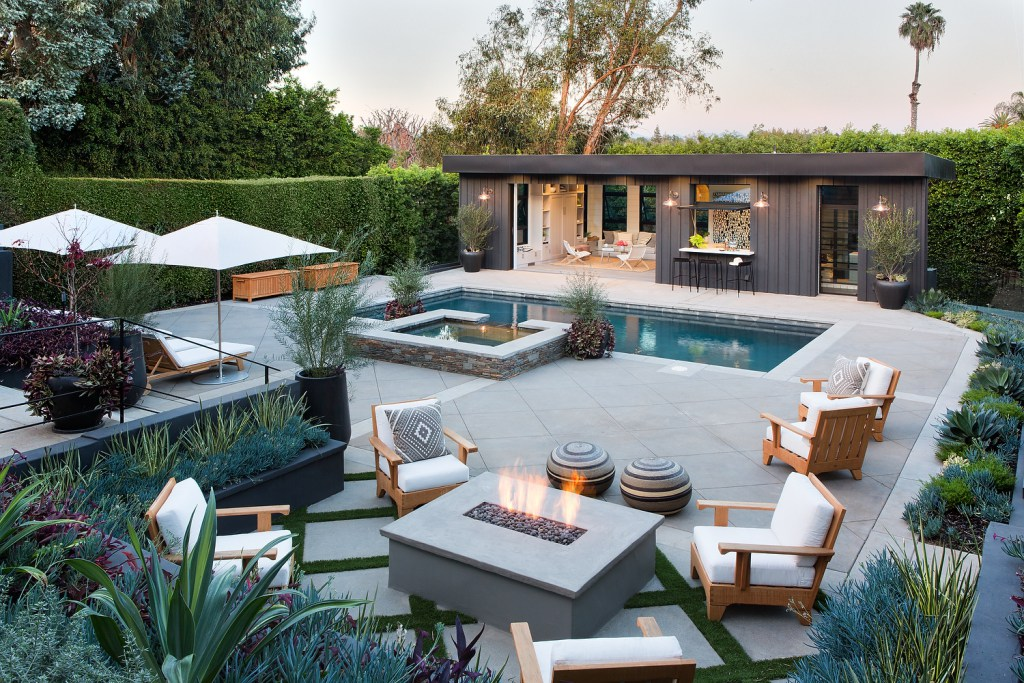 High Quality Brentwood Pool House By Studio Life/Style. Source: Studio Life/Style.