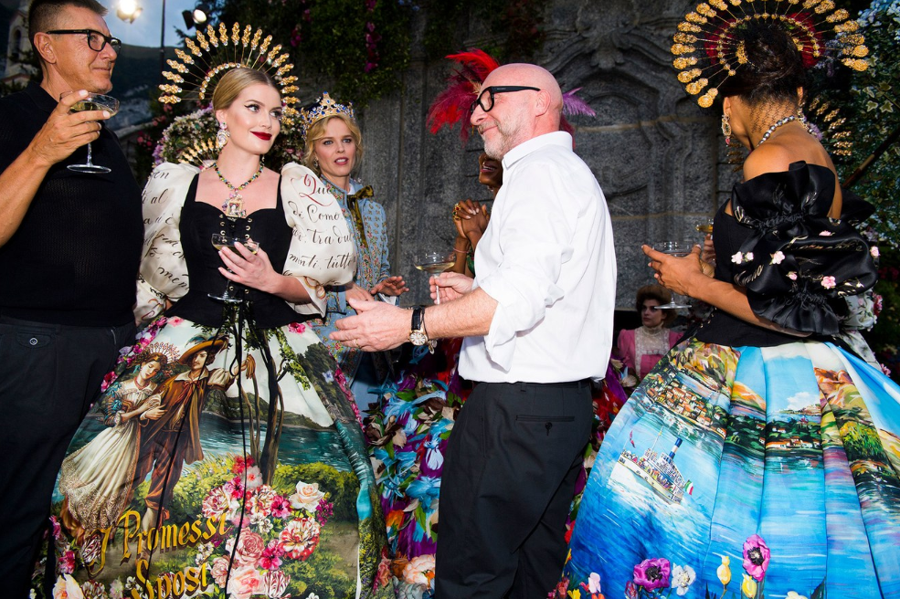 Domenico Dolce and Stefano Gabbana with Kitty Spencer Backstage at Dolce and Gabbana Alta Moda Couture Fashion Show, Lake Como July 2018. Source: Photo by Jason Lloyd-Evans via Vogue - fashion accessories 2018 - headdresses 2018 - dolce & gabbana haute couture