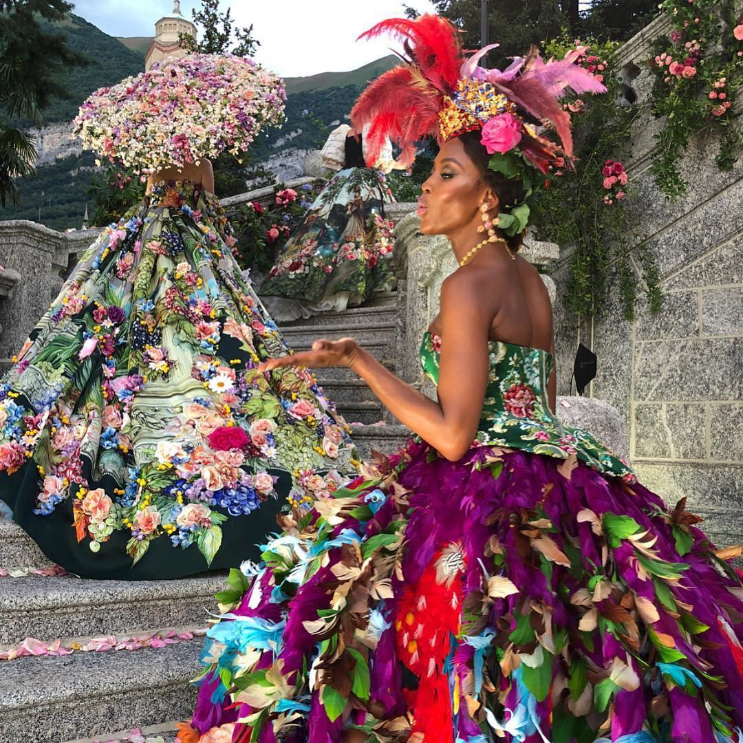 Dolce and Gabbana Alta Moda Fashion Show Lake Como July 2018 - Naomi Campbell - via @dolcegabbana - feathered dresses - haute couture