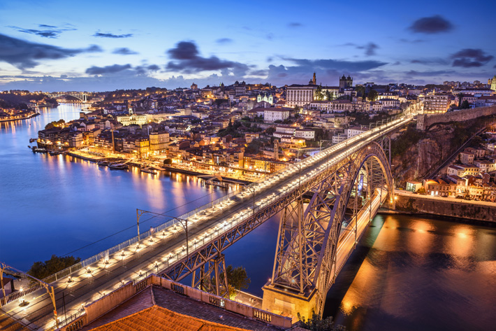 Dom Luis Bridge - Design Lovers Guide to Portugal - Things to Do In Portugal for Architecture, Art & Design Lovers - most beautiful places in portugal - bridges of porto
