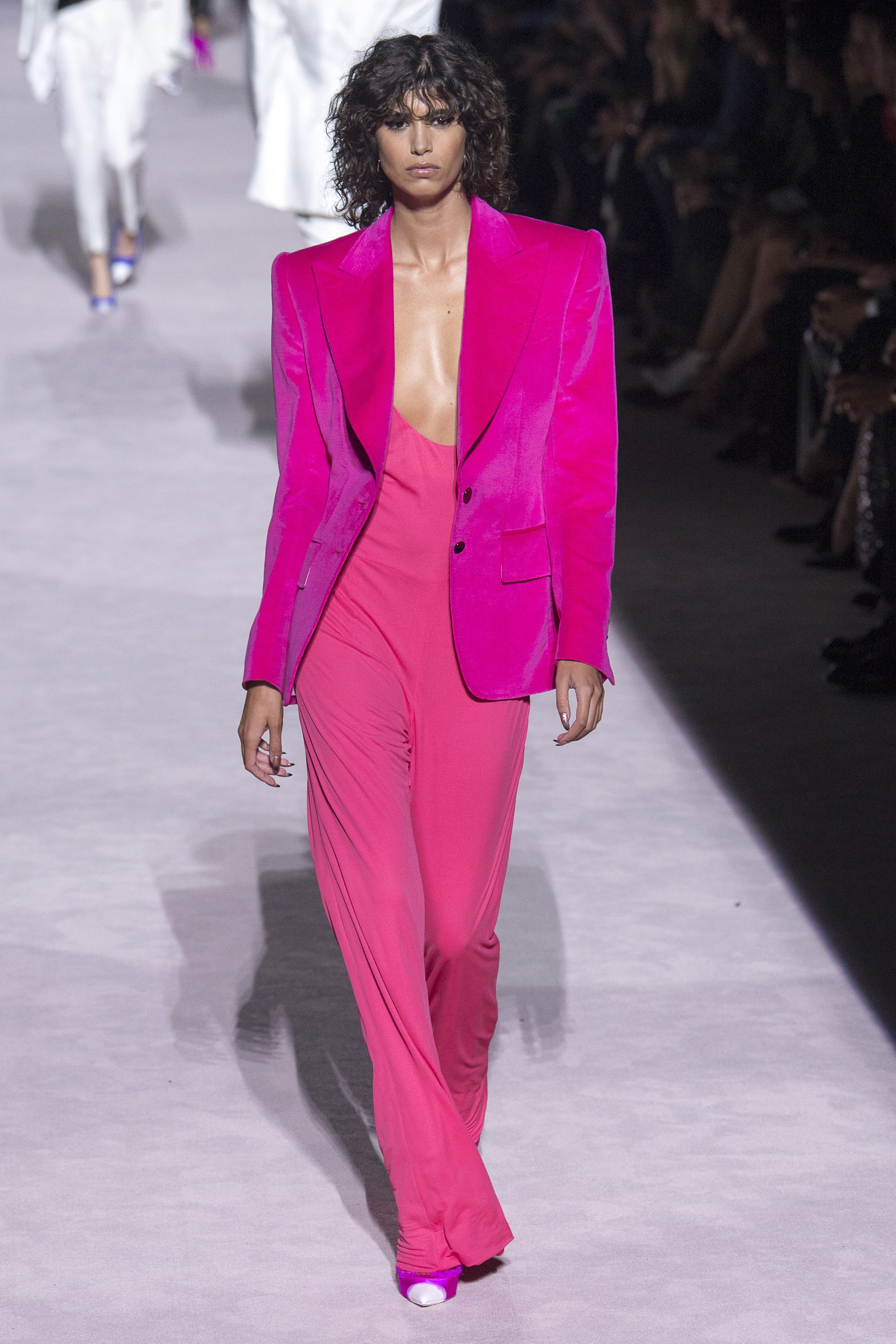 How to style a jumpsuit - Tom Ford Spring 2018 Ready-to-Wear - Model Mica Arganaraz - Source Photo by Yannis Vlamos, Indigital.tv via Vogue - blazers with jumpsuits - how to wear a jumpsuit - jackets with jumpsuits