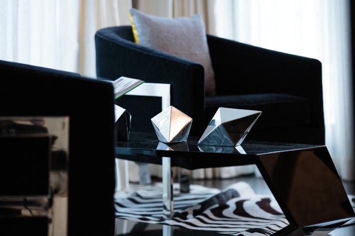 Carrie Livingston, Interior Design, Luxury Homes, Interiors, chic interiors, living room
