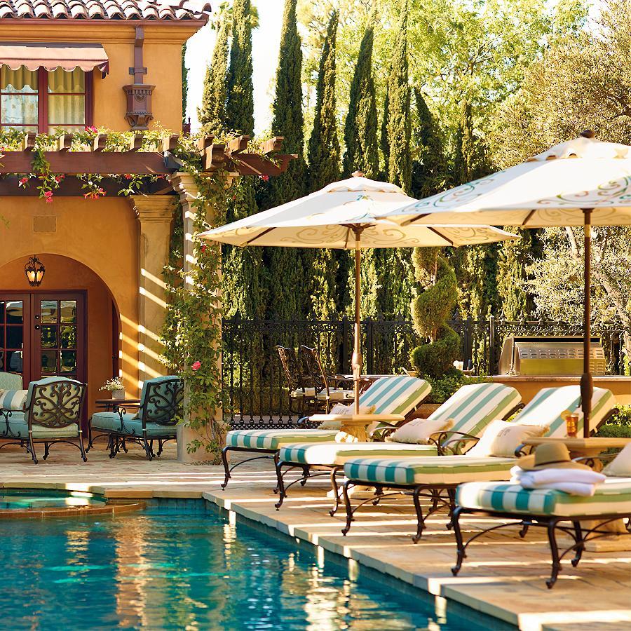 Backyard Retreats: The Art Of Turning Your Backyard Into A