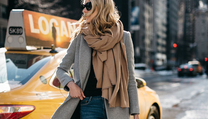 How to Dress to Impress When Traveling the World - Fashion Jackson - blanket scarves - blanket scarf - travel outfit ideas - fashionable travel tips - travel attire - how to look great while traveling - packing tips