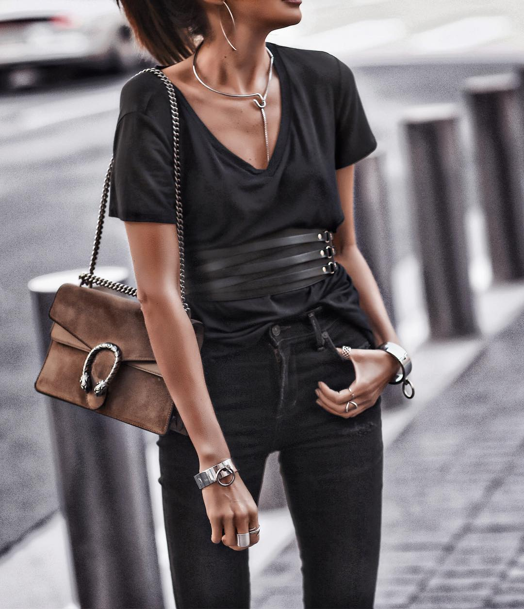 @fashionedchicstyling - how to love yourself no matter what you wear - comfy tops - fashion tips for self love - black outfit ideas - pretty in black