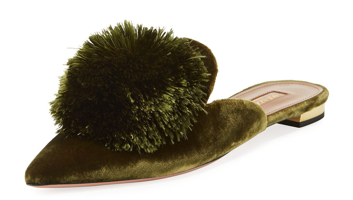 must have accessories - Aquazzura Powder Puff Pompom Mule Flat - essential flat shoes - ballet flats - best ballet flats - aquazzura flats - essential accessories - fashion tips - stying tips