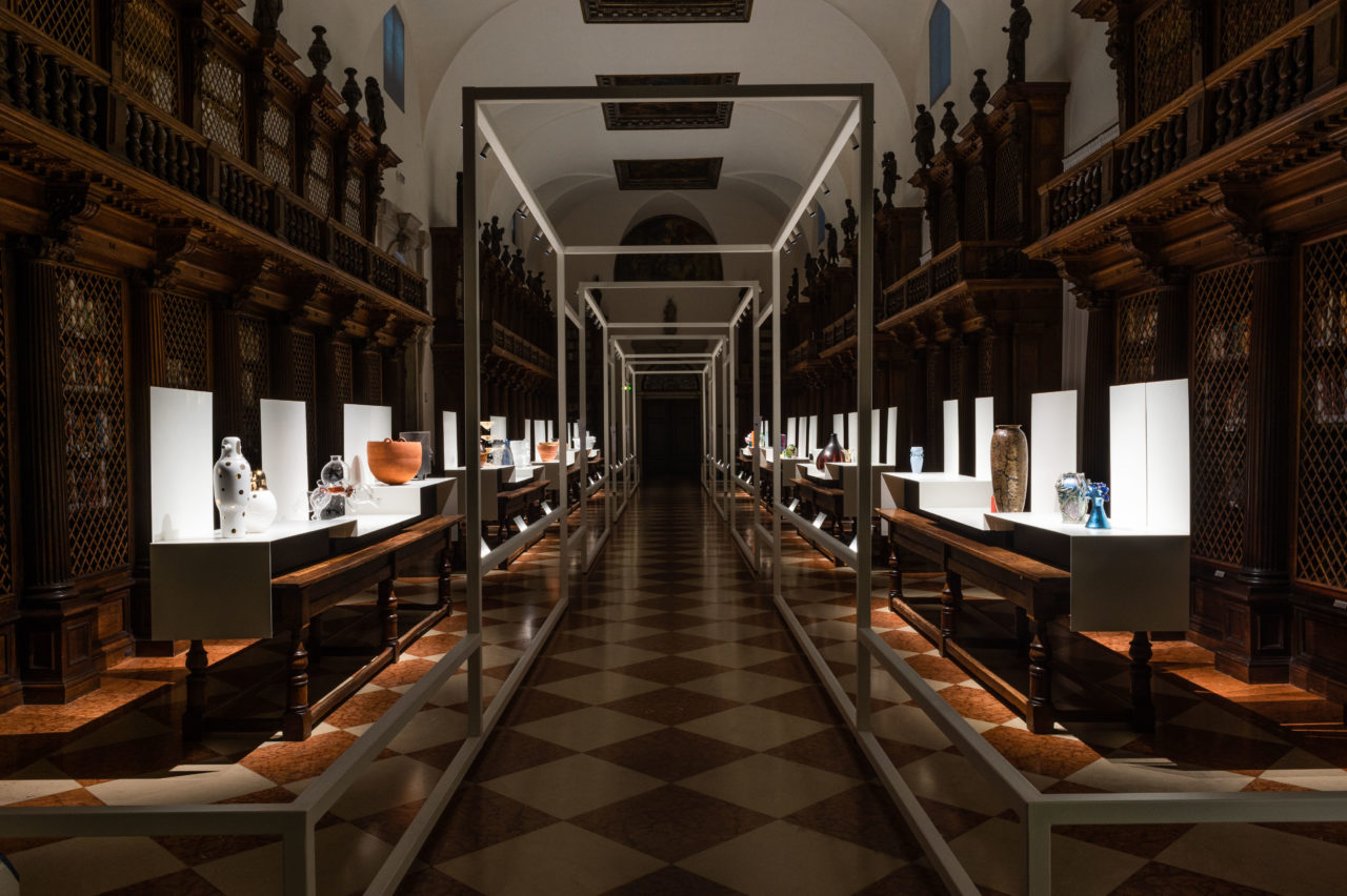 "Handmade - Home Faber 2018 - General view of the ""centuries of shape"" exhibition - european craftsmanship - evolution of design - iconic vases"