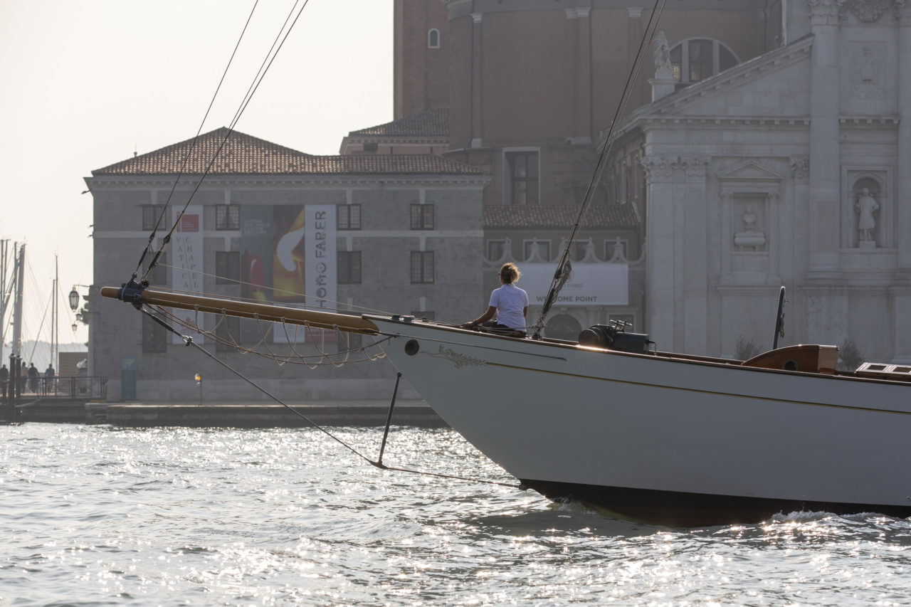 Homo Faber 2018 - handmade - Eilean, a 1936 Scottish-built yacht restored by Italian master artisans, sailing in Venice, 14 September 2018. Source: Photo by Tomas Bertelsen © Michelangelo Foundation